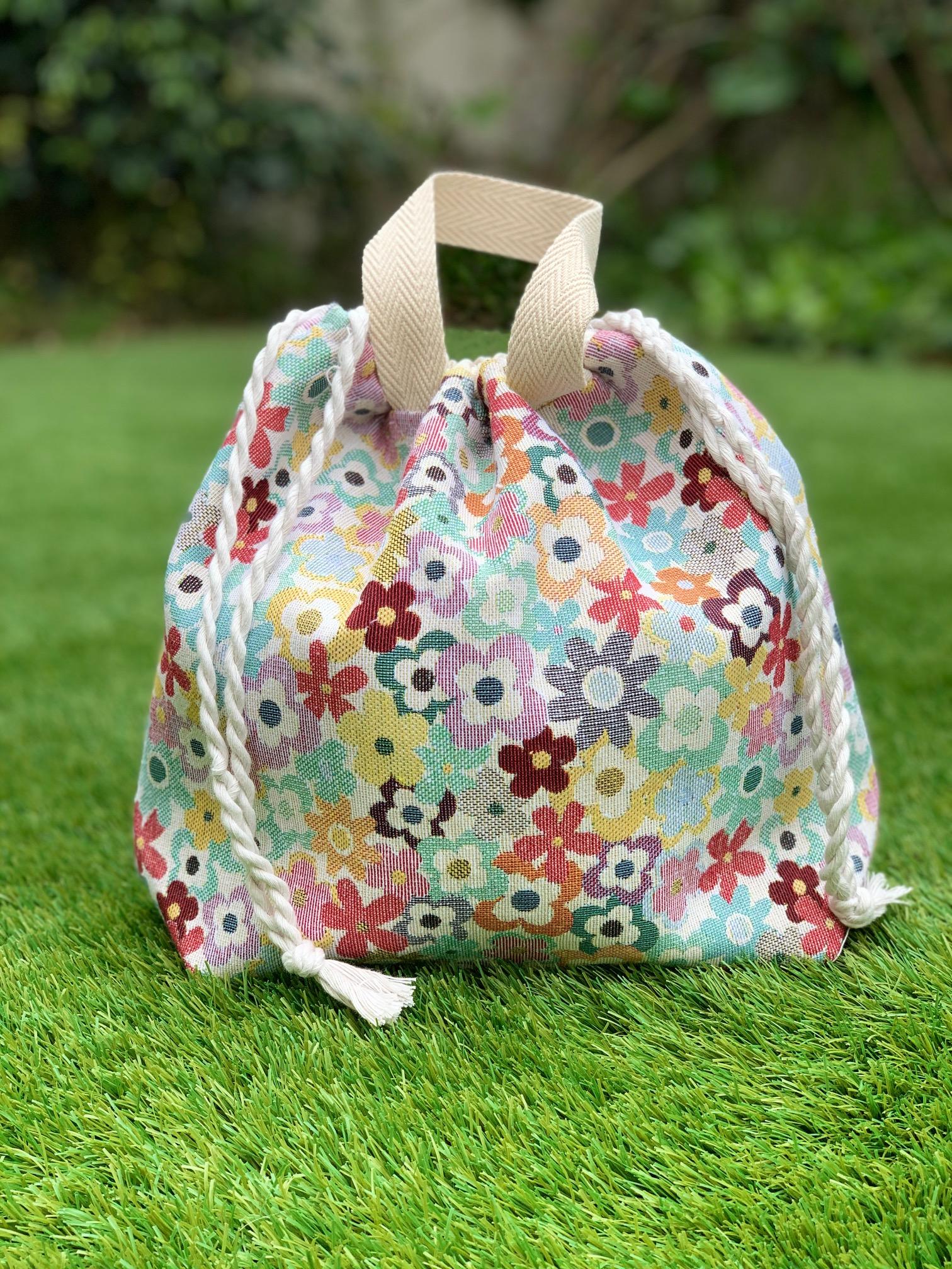 Bolsa de labores - flores-tapiceria-2